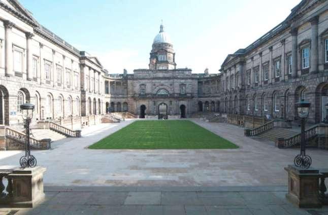 becas-coca-cola-universidad-edimburgo