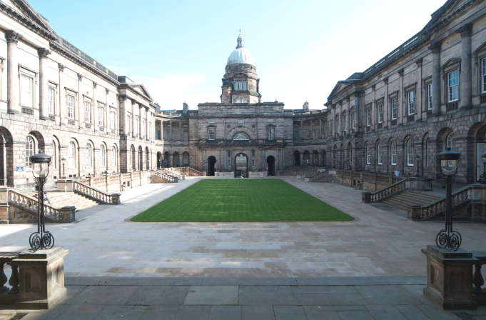 becas-coca-cola-universidad-edimburgo